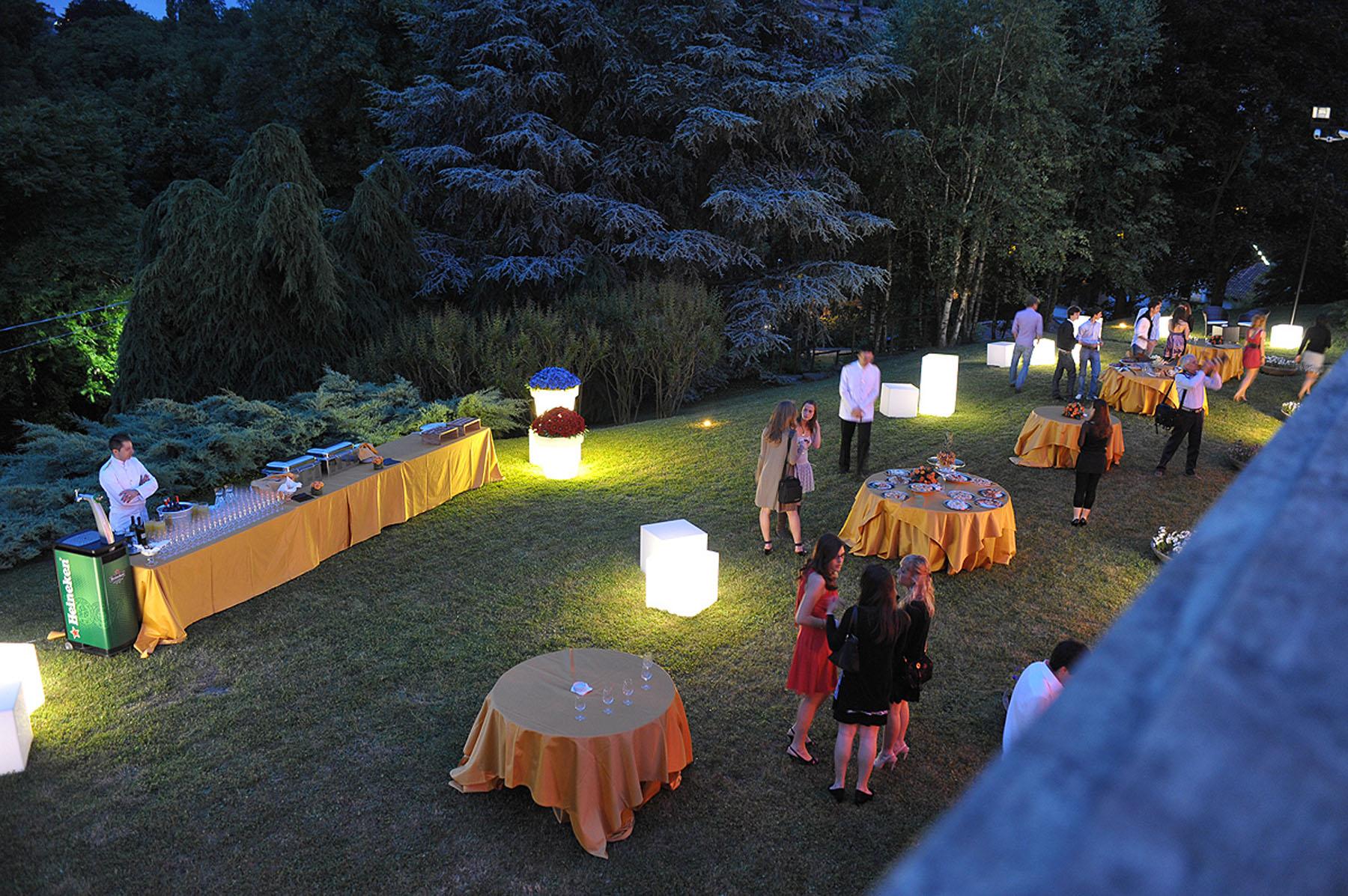 Allestimenti luminosi per feste e eventi a torino arredi luminosi