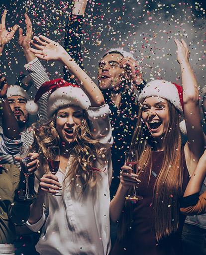 RICORRENZE <b>Spettacoli per Natale, Uova di Pasqua e feste per Halloween</b>