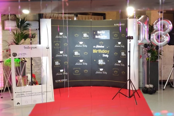 Photo Booth e set fotografico per Selfie a Torino